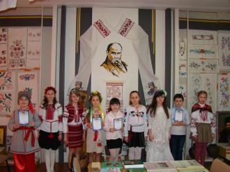 Юні учасники конкурсу читців творів Т.Г.Шевченка