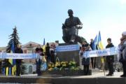 Нововолинці вклоняться Великому  Кобзареві та віддадуть шану Героям