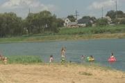 Стартував купальний сезон на міському озері